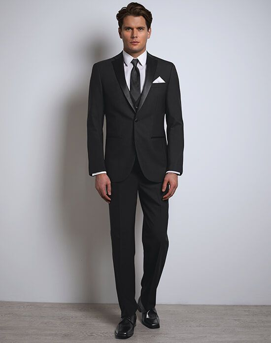 black tuxedo justin alexander black tux | xedo tuxedo rental justin alexanderu0027s black tux  celebrates the RWMMVZS