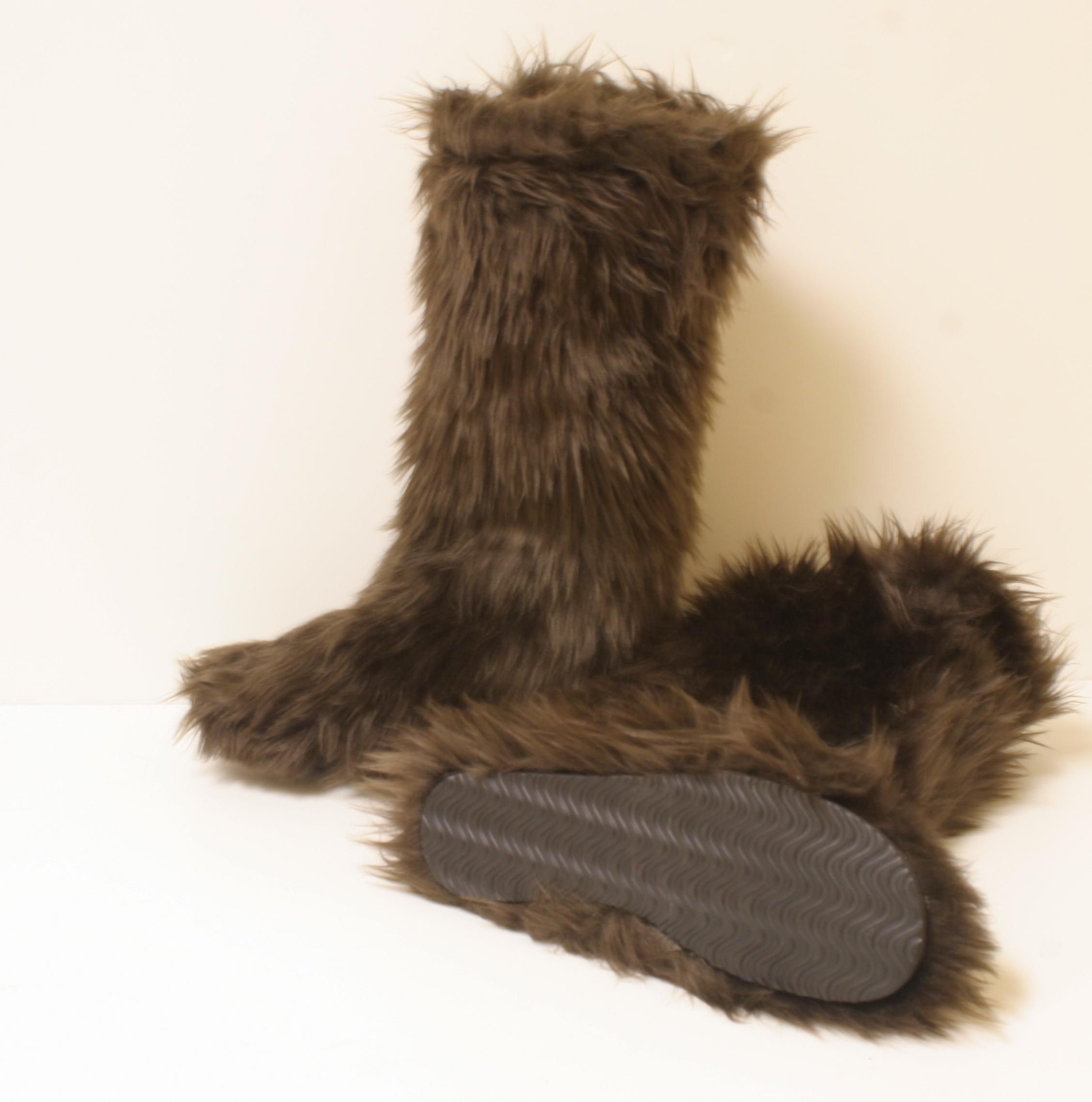 brown furry boots EIBXVXL