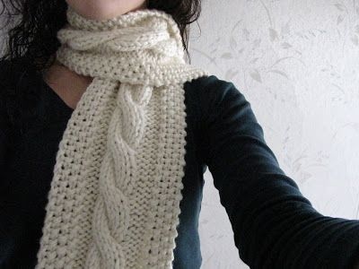 cable knit scarf saucy: cozy wooly cabled scarf, super bulky wt yarn, free TWZMABW