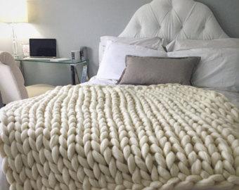 chunky knit blanket, merino wool blanket, hand knitted blanket. 23 micron QGNEKTM