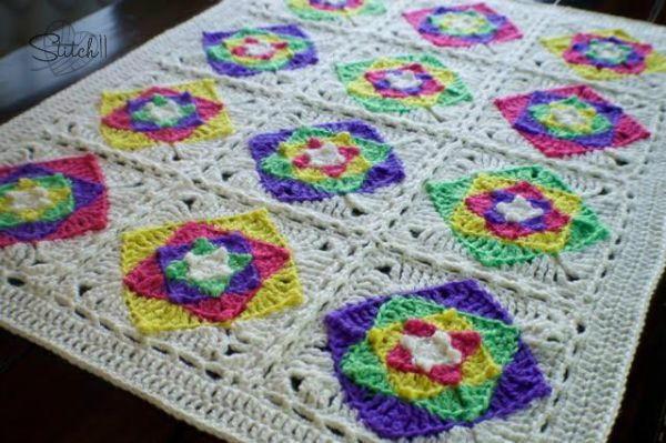 crochet baby blanket crochet granny squares. optical illusion baby blanket PKYMRKS