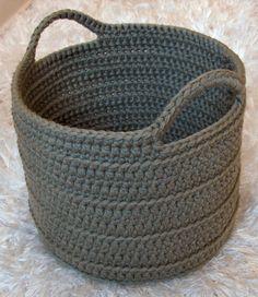 crochet basket pattern chunky crocheted basket by elizabeth pardue - free crochet pattern -  (ravelry) ~ k8 YWNTOHS