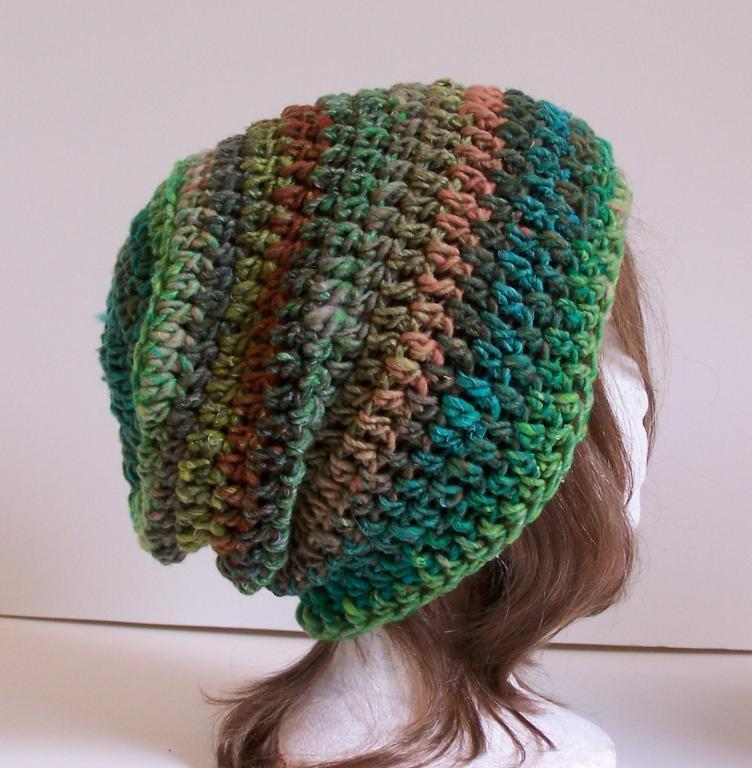 crochet hat outlier slouchy toque free crochet pattern CPKYULQ