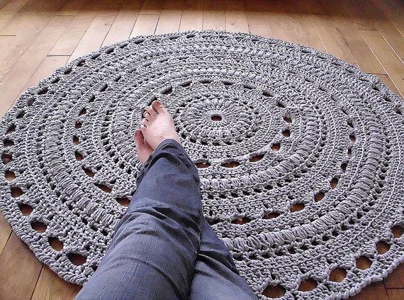 crochet rug patterns round rug crochet pattern · crochet rug pattern with fabric strips FGKPMYO