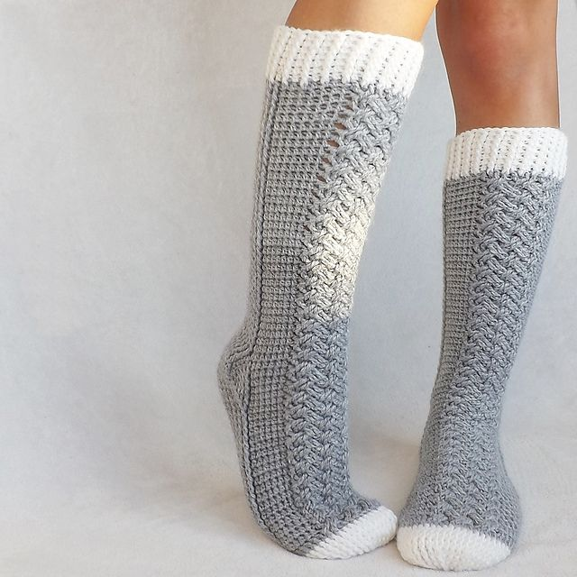 crochet socks good crochet sock patterns are hard to find... this one looks outstanding. EPSZKTV