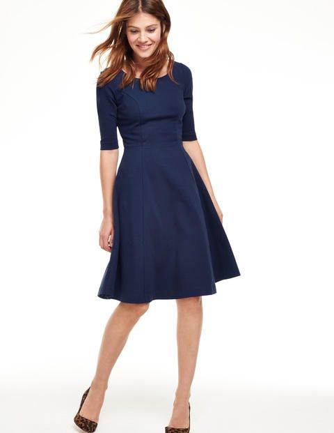 day dresses alice ponte dress. this dress would be a weekday staple for me. so easily LWBGLTD