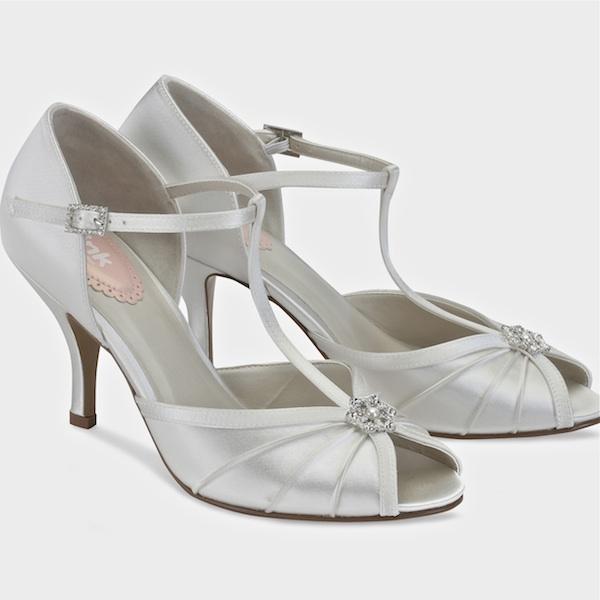 dyeable shoes perfume dyeable vintage bridal shoes 9m-runs large sale!! QRNEASE