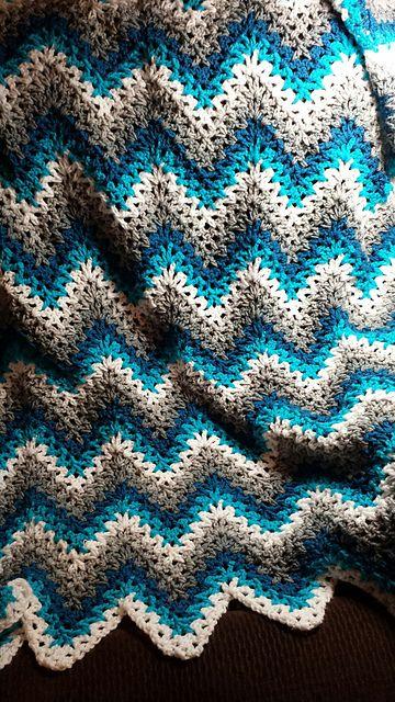 easy crochet blanket v-stitch ripple - crochet afghan TIJZBXD
