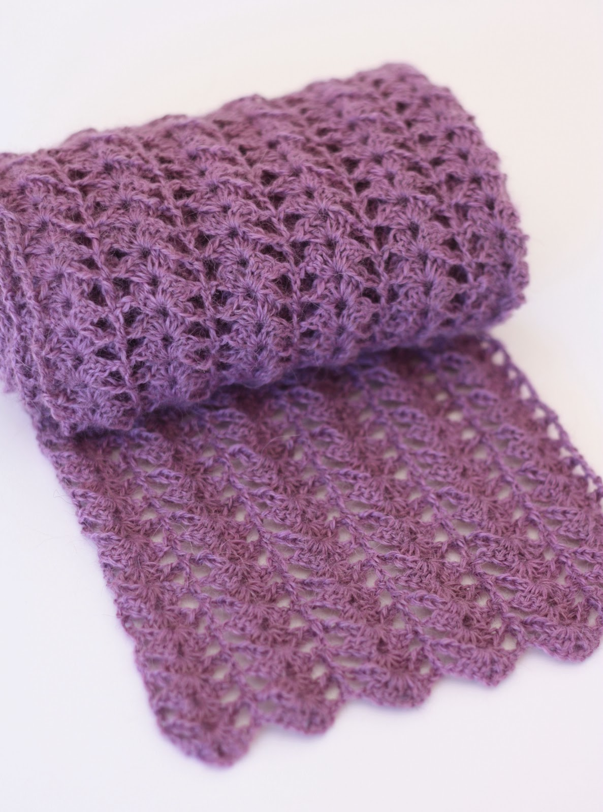 Guide to easy crochet scarf patterns