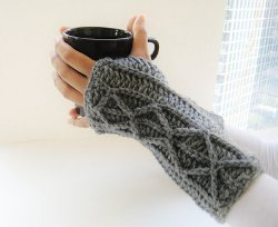 elbow length crochet fingerless gloves CRWKEML