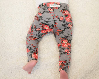 floral baby leggings/ toddler leggings/ newborn leggings/ baby girl leggings/  baby gift VSXXNDR