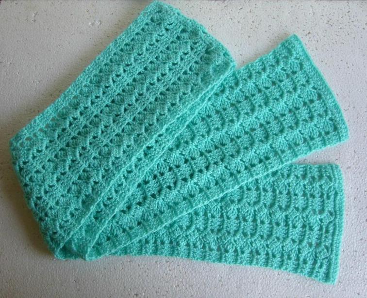 free crochet scarf patterns get the free pattern. slant n stripe scarf ZRXMLUH