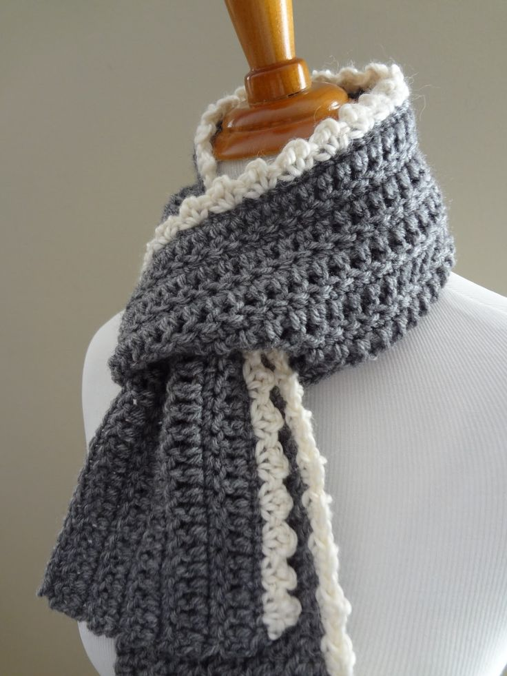 Crochet amazing scarves taking help from the free scarf crochet patterns
