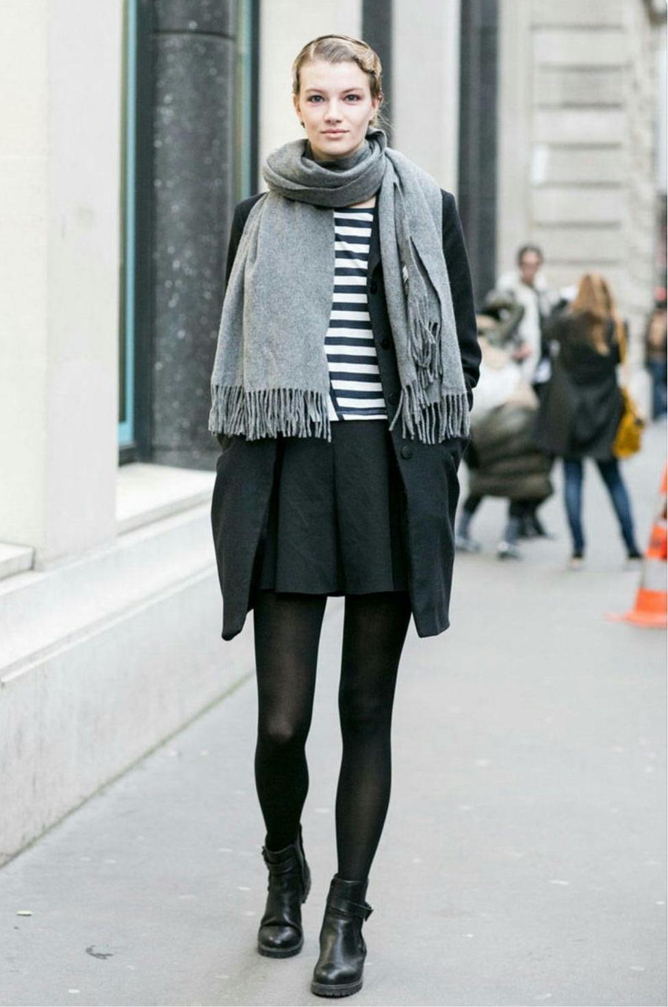 french style parisian chic street style - dress like a french woman (35) JPUJTNO
