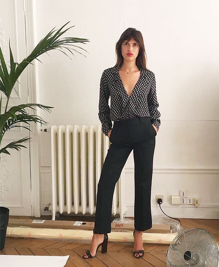 french style the secret to this french girlu0027s style is her simple outfit formula BAHSKNQ