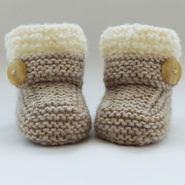 hand knitted baby booties-shoes PAITAEW