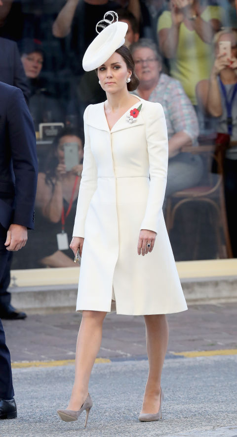 kate middleton style kate middleton wearing alexander mcqueen for the battle of passchendaele  ceremony LUBCIHN