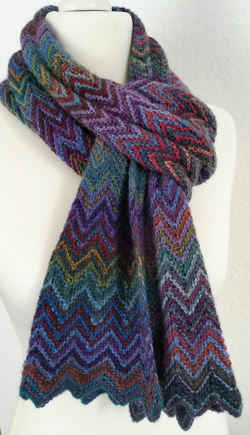 knit scarf pattern free knitting pattern zick zack scarf FEKKWKP