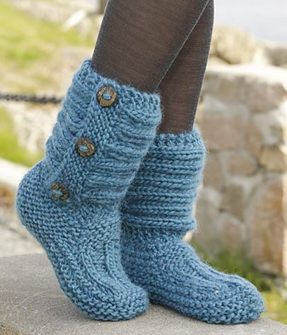 knitted boots one step ahead by drops design - cutest knitted diy: free pattern for cozy ANWZTEV