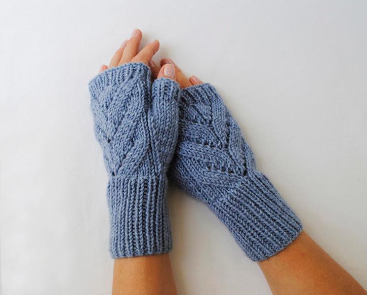 knitted fingerless gloves  WIZQADE