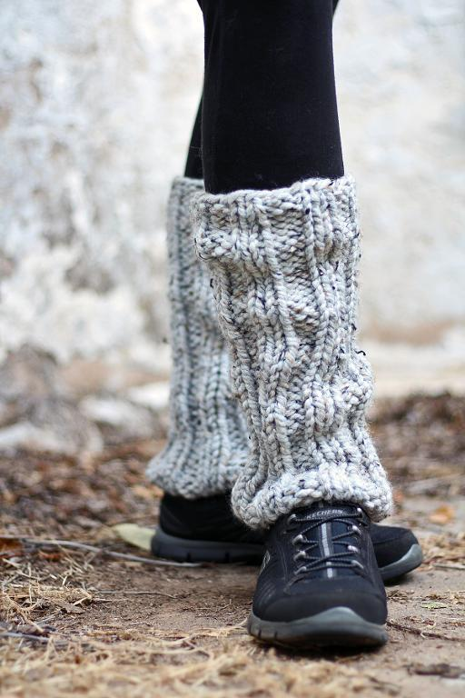 Knitted Leg Warmers knit leg warmers (daring) knitting pattern CMHIAWF