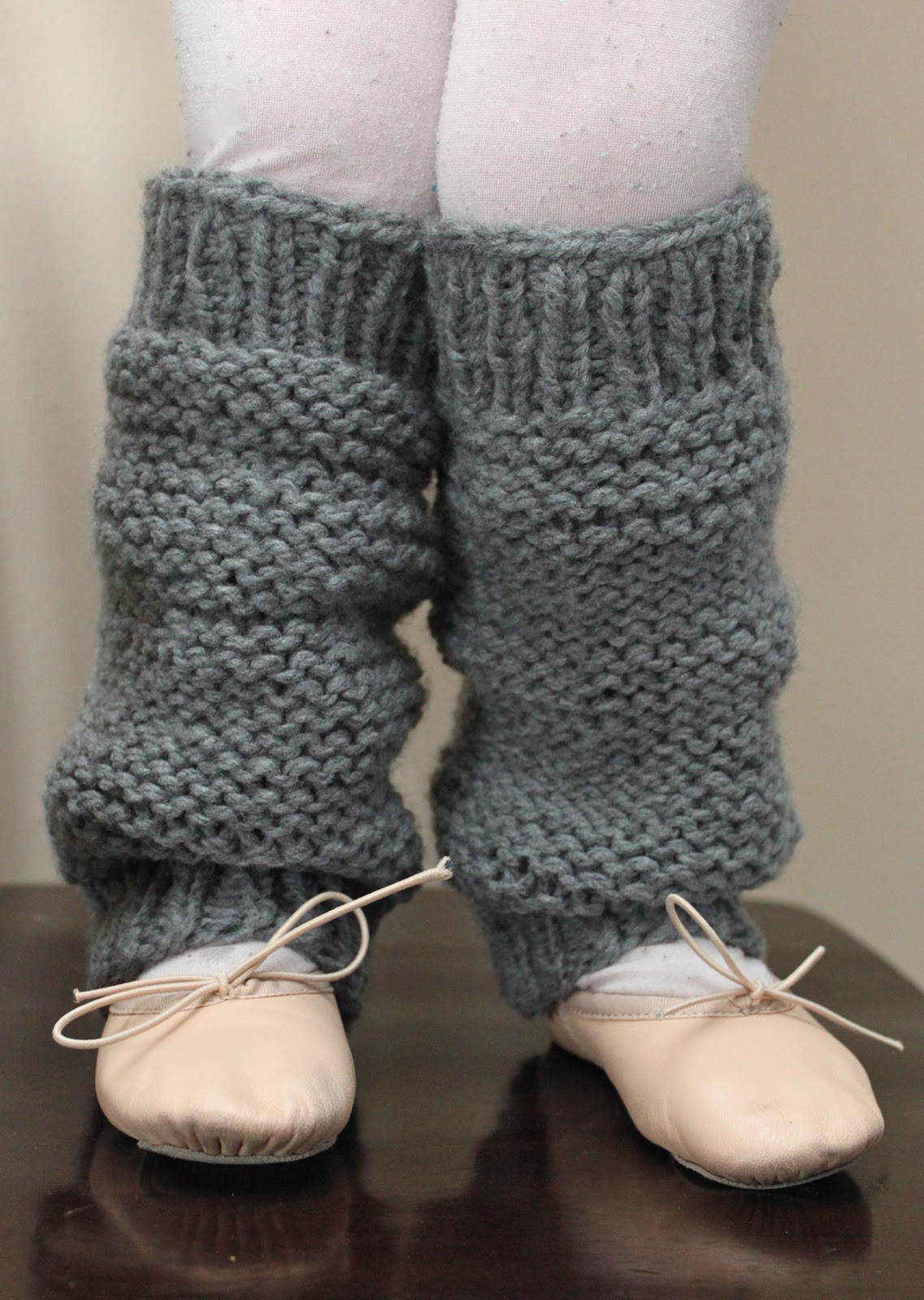 Knitted Leg Warmers little girlsu0027 knit legwarmers {a pattern} MEMSXAB