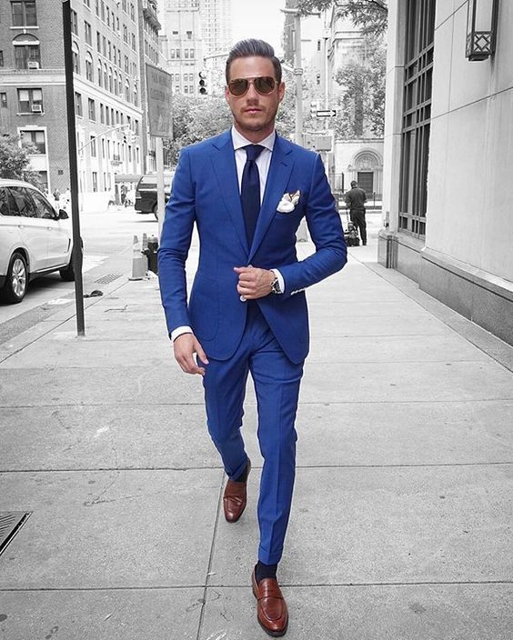 mens suits the latest trend in suits has nothing to do with style or fit. its all JBTYHEL