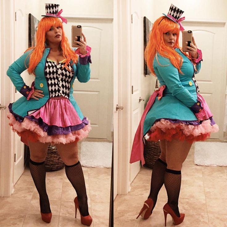 plus size halloween costumes 20 plus size social media rock stars killing halloween 2016! PLPDHEY
