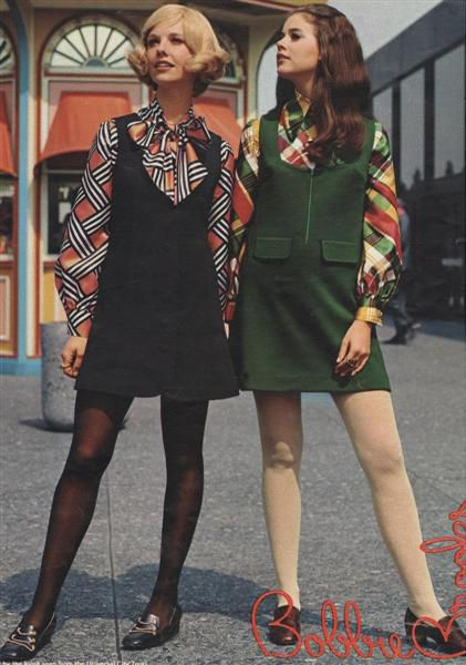 retro fashion 2/23/17 hannah talarico these girls are wearing a 60u0027s inspired look with ZLTTGQI