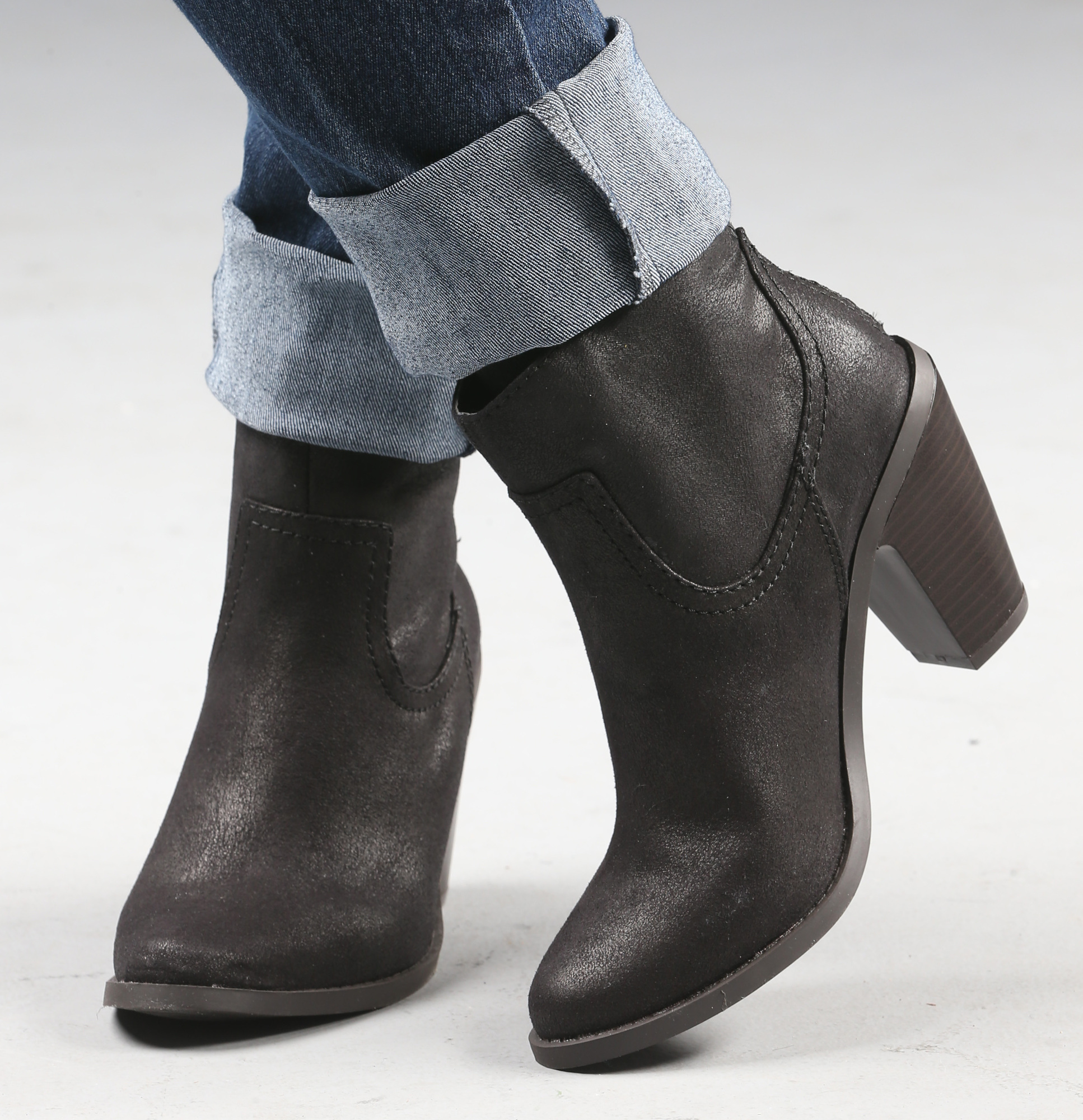 short boots guide to styling short and tall boots OCLEIIX