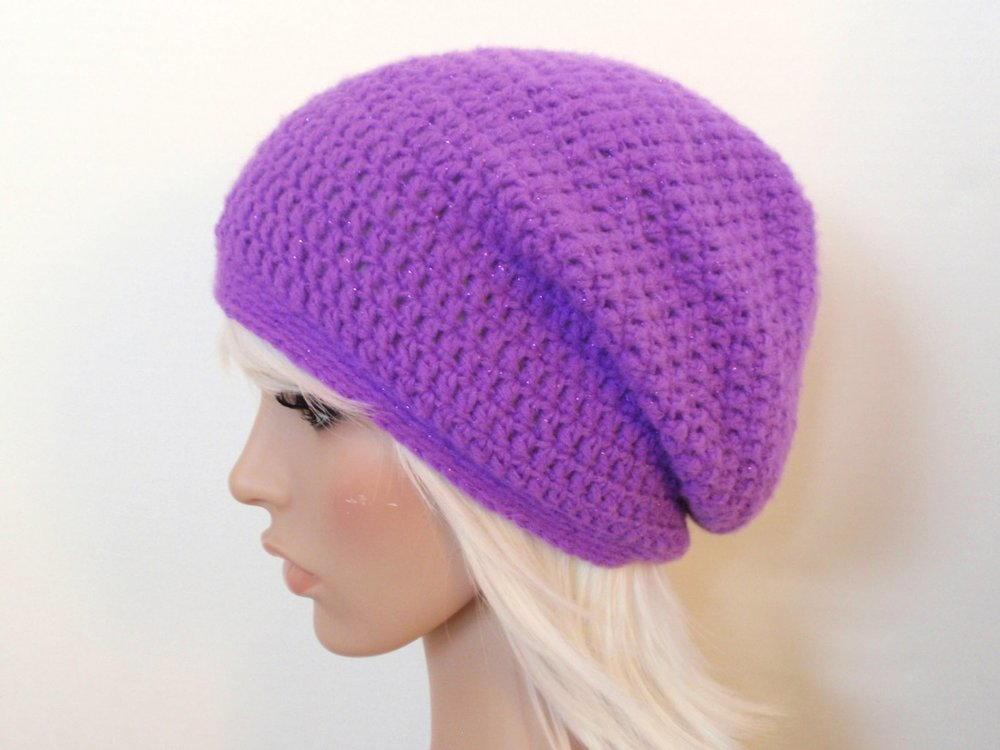 Cute look in the slouchy beanie crochet pattern