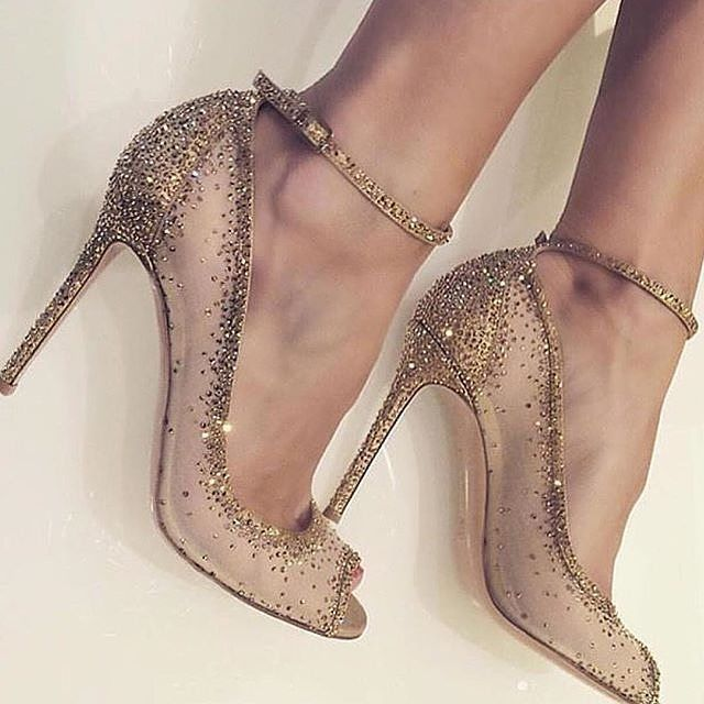 sparkle with every step down the aisle with these embellished gold heels by  @gianvitorossi. UKGDGLY