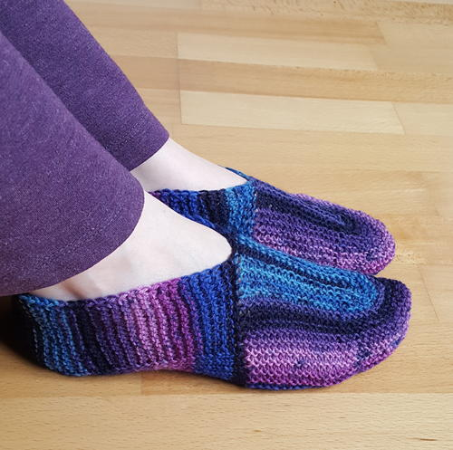 Pros of knit slippers