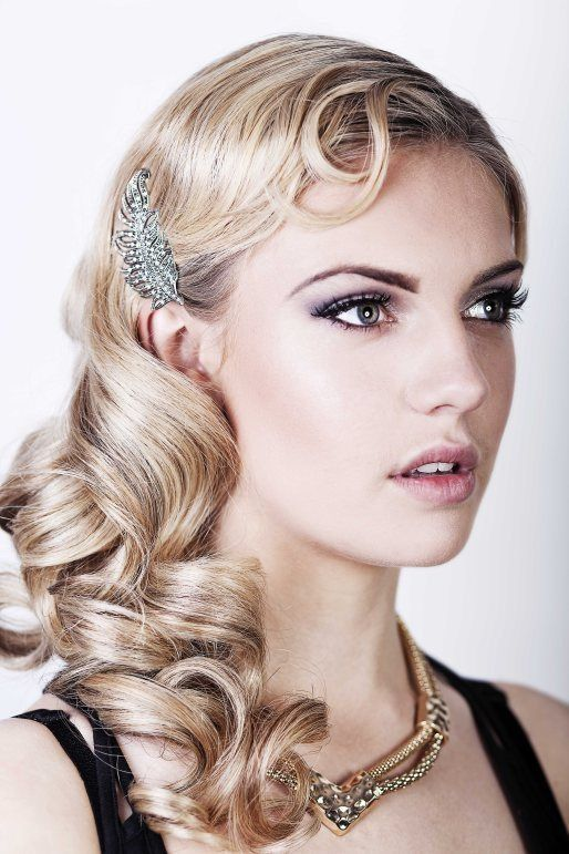 Friday Feature} Seriously Great Gatsby 20s inspired hair & make up