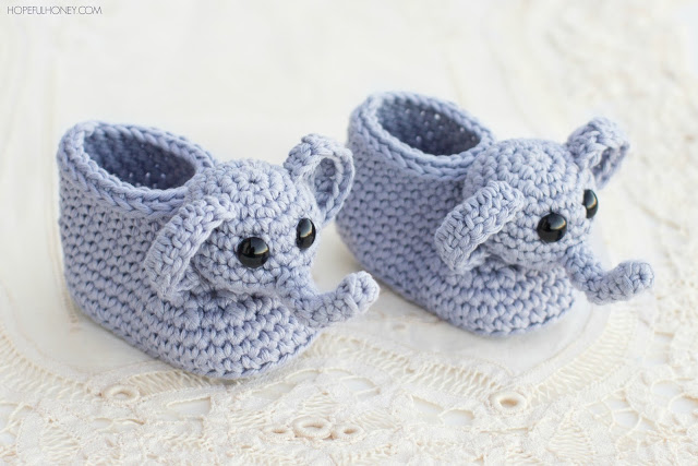 15 of the Cutest Crochet Baby Bootie Patterns - Dabbles & Babbles