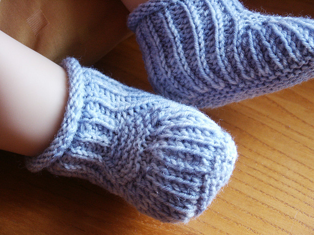 30 Free Patterns for Knitted Baby Booties | Guide Patterns