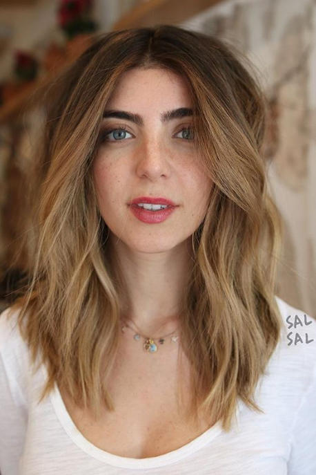 The Best Haircut for a Round Face - Southern Living