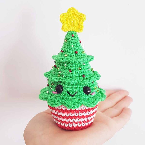Christmas Crochet Patterns You Need To Start Making Today! - Heart