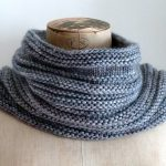 Stylish and warm cowl knitting pattern