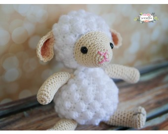 Amigurumi Crochet Lamb Toy Kit | Lion Brand Yarn