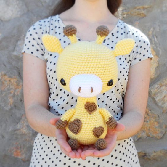 PATTERN: Cuddle-Sized Giraffe Amigurumi, Crocheted Giraffe Pattern