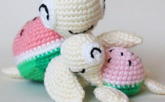 Cuddle Me Monkey amigurumi pattern - Amigurumi Today | 330x533