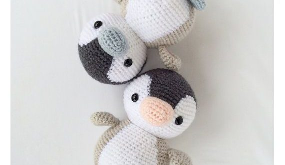 Naughty monkey amigurumi pattern | Crochet monkey, Crochet monkey ... | 330x570