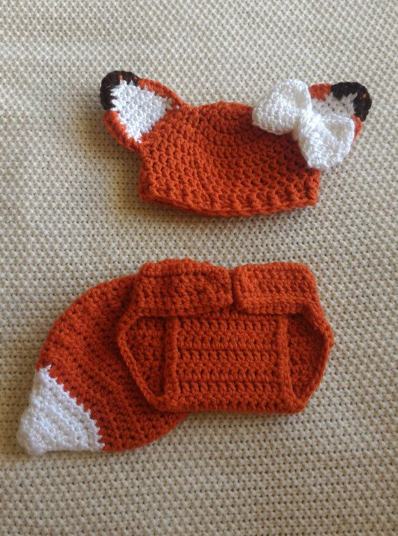 Perfect baby shower gift - crochet baby outfits - Crochet and