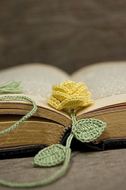 20+ Crochet Bookmark Patterns for Every Skill Level | knit time