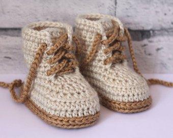 Crochet baby booties | Etsy