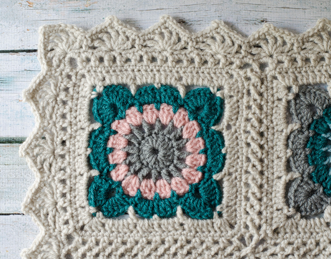 Happily Ever Afghan Crochet Border - Crochet 365 Knit Too