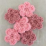 HOW TO DISPLAY CROCHET FLOWERS CREATIVELY   AT HOME