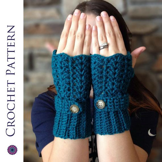 Feminine Lacey Fingerless Gloves CROCHET PATTERN Crochet | Etsy