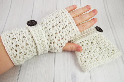 Crochet Star Stitch Fingerless Gloves | AllFreeCrochet.com